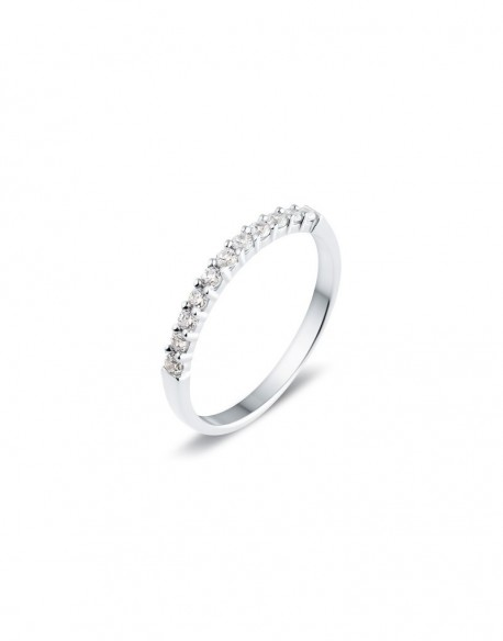 "Alliance semi-empierrée ""Iéfémia"", diamants sertis sur quatre griffes 0,25 carat"